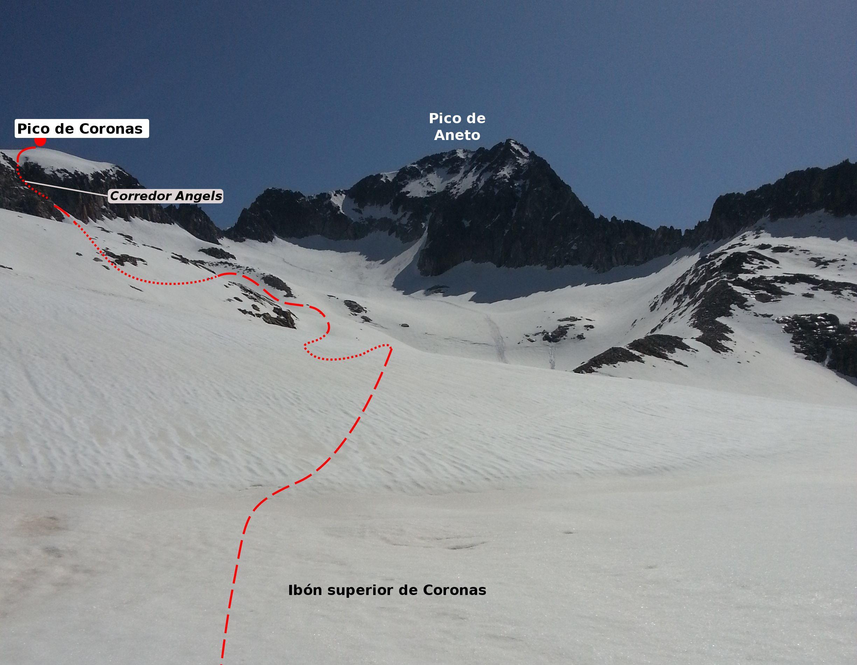 Ascenso al pico Coronas por el corredor Angels